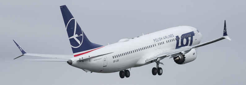 LOT Polish Airlines Boeing B737-8