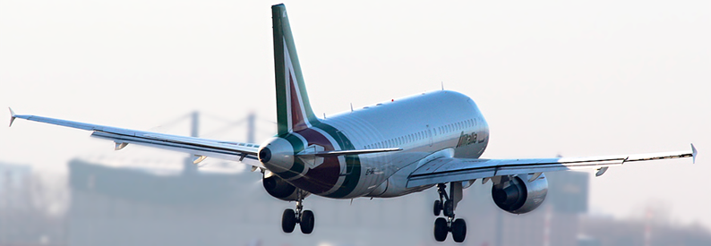 Alitalia mulls smaller fleet and a thousand layoffs